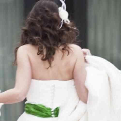 Pagará una multa por no casarse
