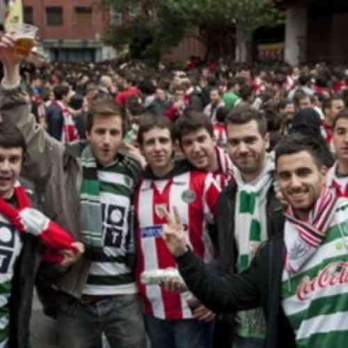 Aficionados del Athletic de Bilbao confunden Bucarest con Budapest y se pierden la final de la Europa League