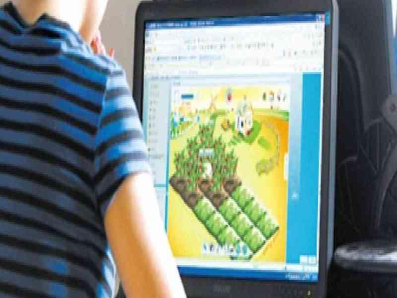 Una madre mata a su hijo por interrumpirla cuando ella jugaba a un juego de Facebook
