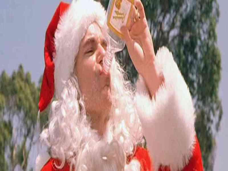Noticias: Papá Noel droga a jovencitas