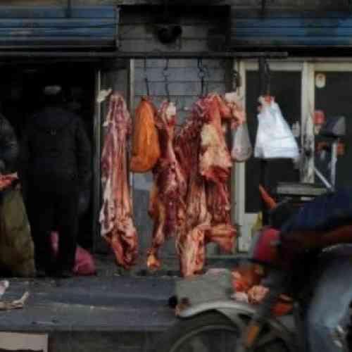 Un chino vendía carne humana en el mercado y alimentaba a los perros