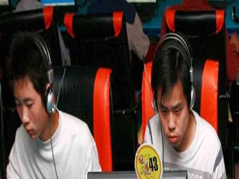 Un chino muere tras jugar tres días sin parar en un 'café Internet'
