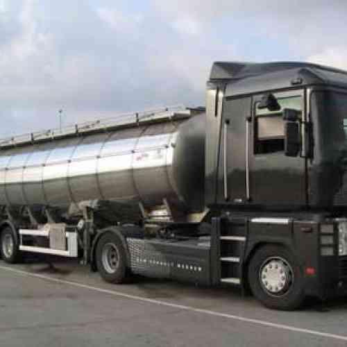 Un camionero gana diez millones de euros y compra su empresa en quiebra