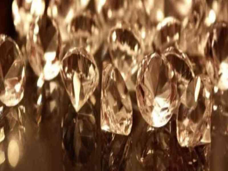 La Policía encuentra 460 millones de euros en diamantes al descubierto en el aeropuerto JFK
