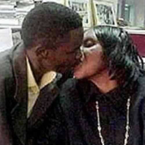"""Embarazada de su hijo pide casarse con él """"porque están muy enamorados"""""""