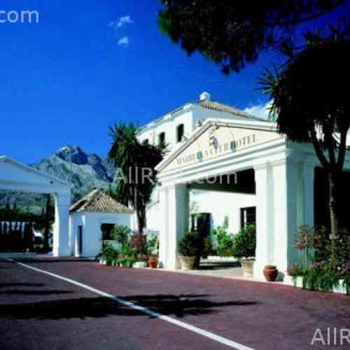 Más de 400 princesas árabes llenan los hoteles de lujo de Marbella por una despedida de soltera